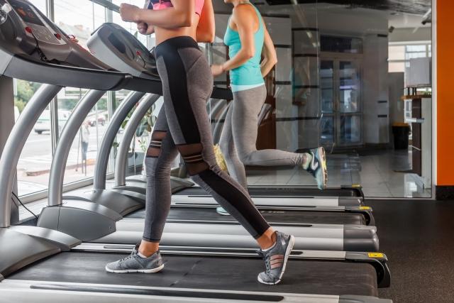 有酸素運動と筋トレとどっちがいいの?